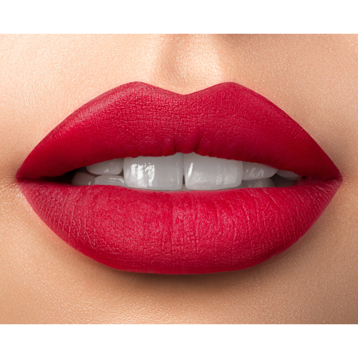 Durable Lip Contour - Into the Fire